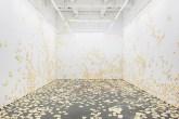 00-abre-artista-cria-instalacao-em-nova-york-com-7-mil-ovos-fritos