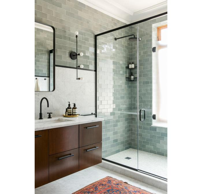 00-inspiracao-do-dia-banheiro-com-subway-tile-cinza-azulado