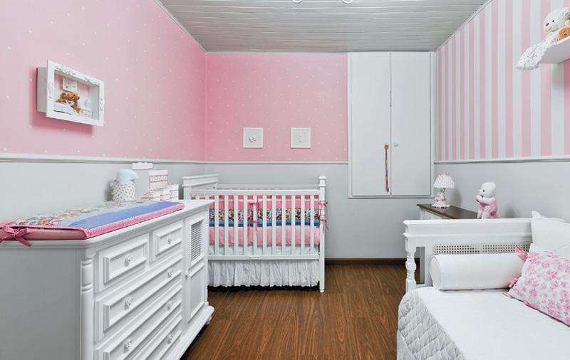 01-quarto-de-bebe-feito-a-mao-pela-familia