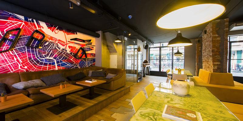 01c-hotel-para-a-geracao-y-cityhub-oferece-quartos-minusculos-e-areas-compartilhadas