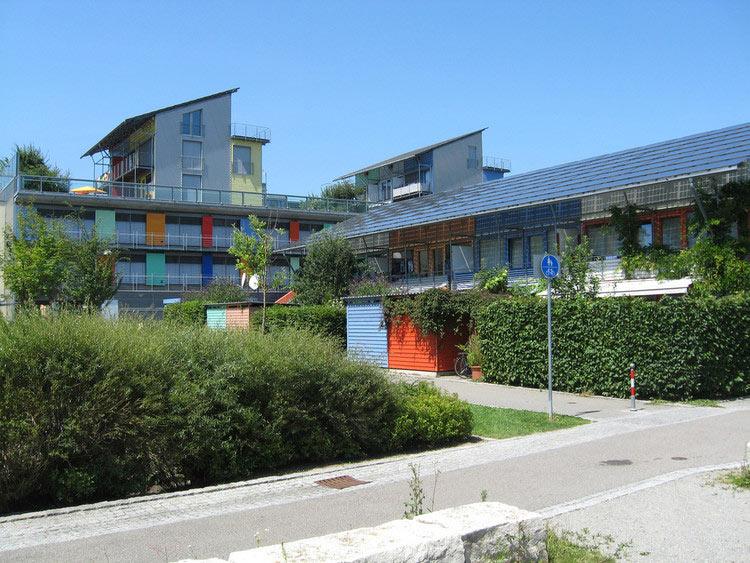 02-bairro-alemao-produz-muito-mais-energia-do-que-consome