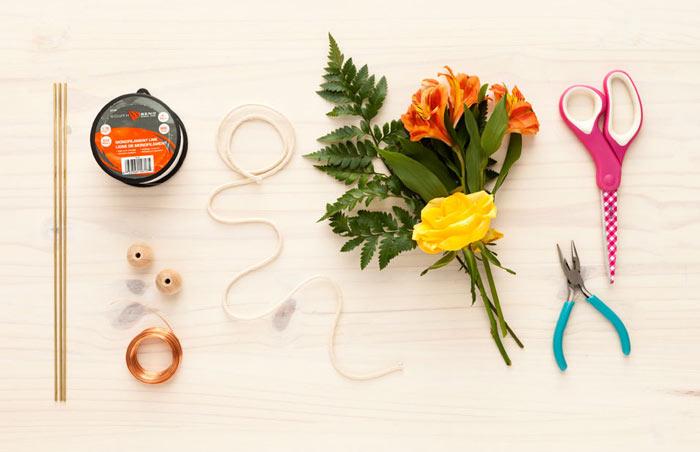 02-como-fazer-um-mobile-geometrico-decorado-com-flores