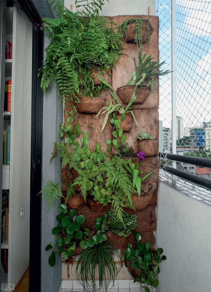 02-dois-jardins-verticais-com-ideias-simples-e-faceis-de-copiar