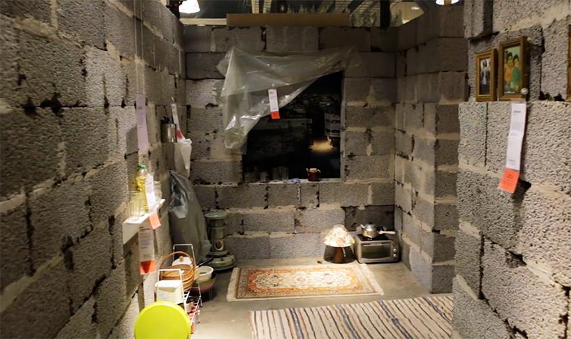02-instalacao-reproduz-casa-siria-em-loja-da-ikea-na-noruega