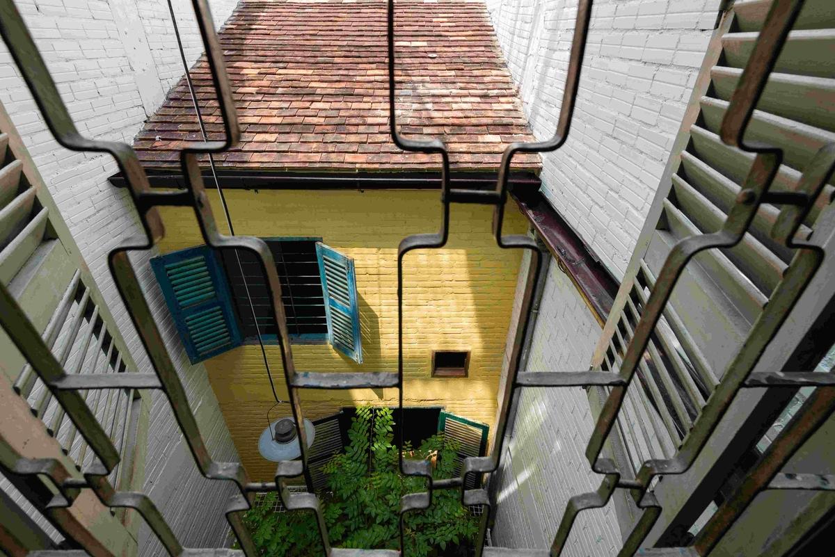 02-nesta-casa-ambientes-parecem-pequena-vila