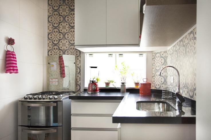 03-antes-depois-antes-e-depois-cozinha-de-5-m2-e-reformada-para-fazer-o-espaco-render