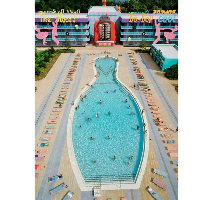 03-piscinas-com-formatos-divertidos
