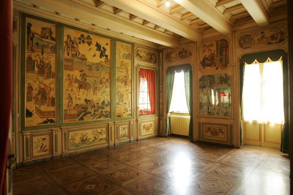 03-casa-infancia-carla-bruni-sarkozy-venda-castelo-historico-italia