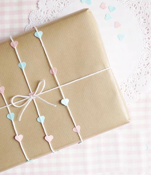 05-maneiras-de-fazer-embrulhos-de-presente-com-papel-kraft