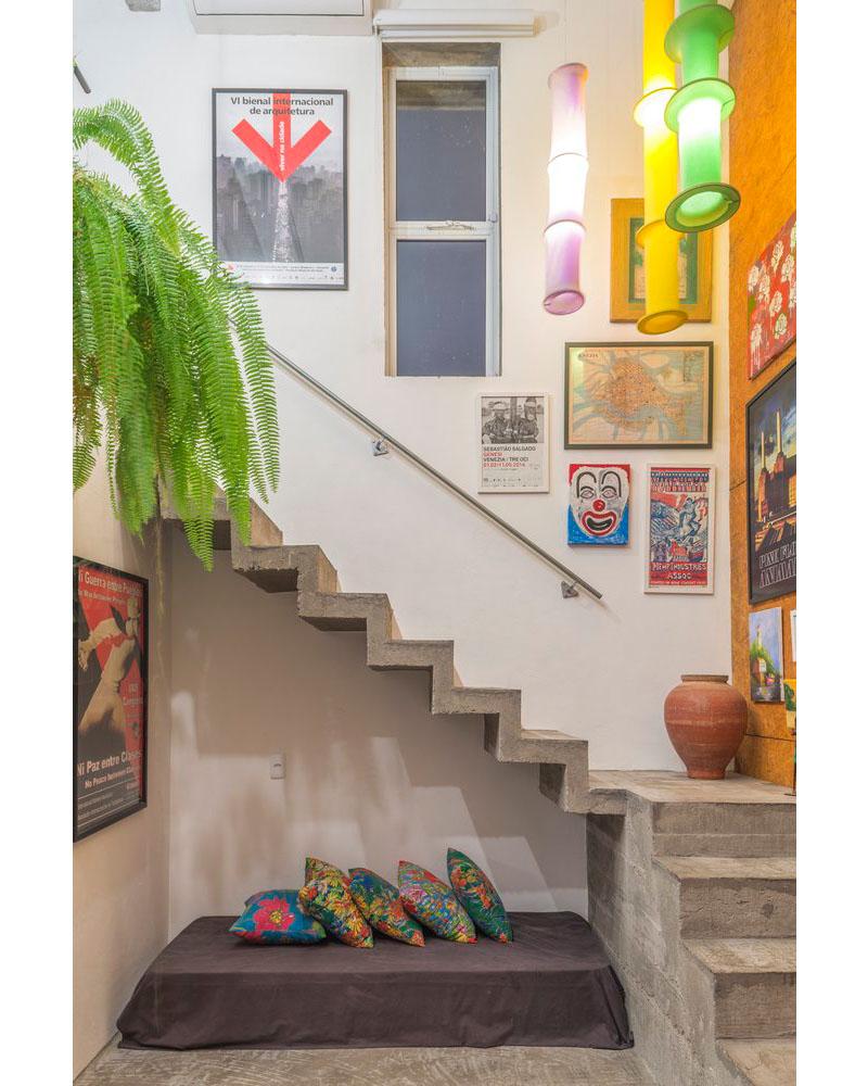 06-casa-em-florianopolis-tem-ambientes-descontraidos-e-cheios-de-cor