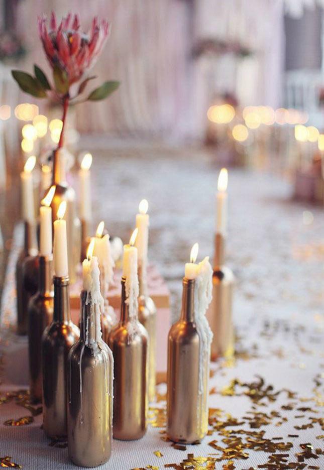 06-maneiras-de-decorar-a-mesa-de-natal-com-garrafas-de-vinho