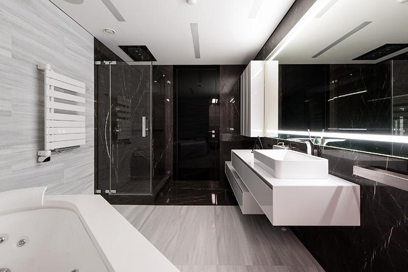 06b-preto-e-branco-dominam-os-interiores-de-apartamento-em-moscou