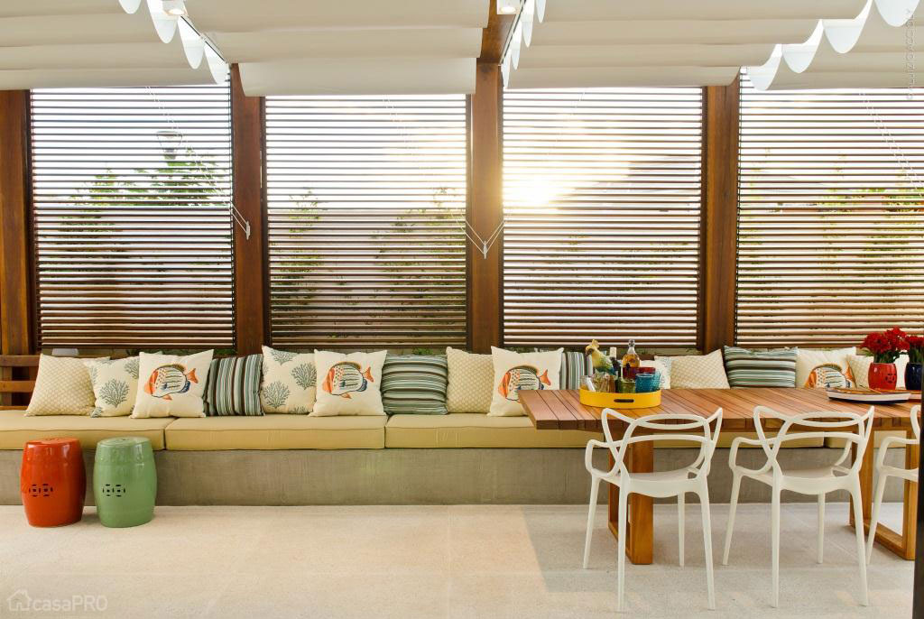 07-casa-de-320-m2-em-aracaju-alia-tecnologia-e-conforto