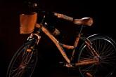 07-Osvaldo-Tenório-designers-brasileiros-famosos-customizam-bikes-para-leilao