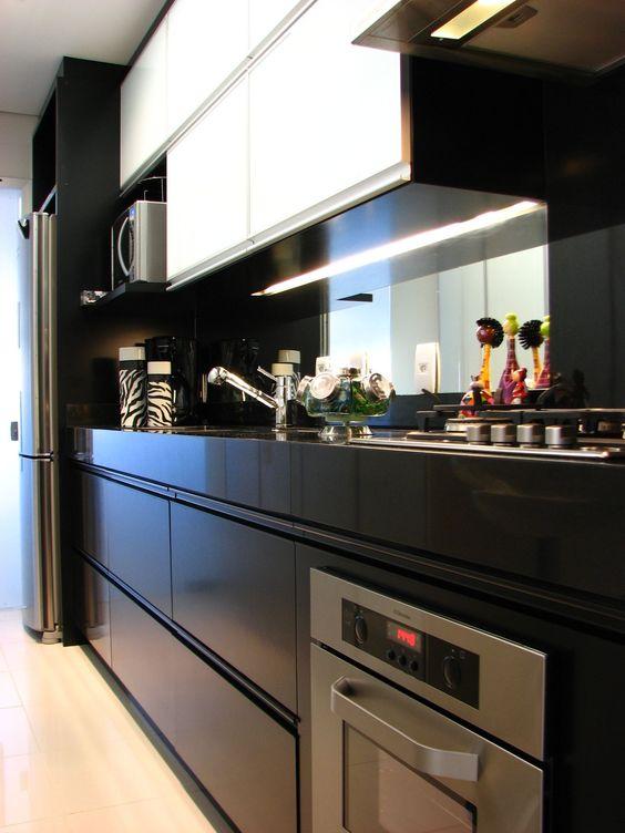 1-10-cozinhas-pretas-que-estao-fazendo-sucesso-no-pinterest