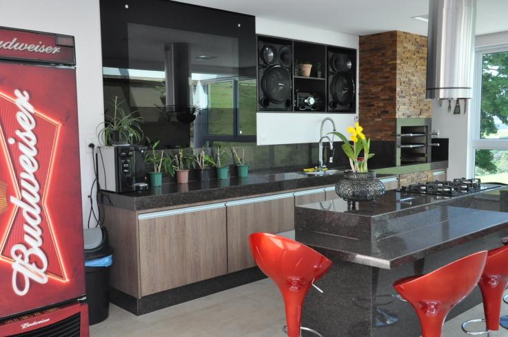 10-cozinhas-com-ilha-projetadas-por-membros-do-casapro (6)