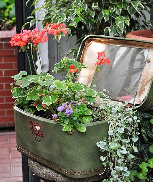 10-formas-criativas-de-reciclar-malas-antigas