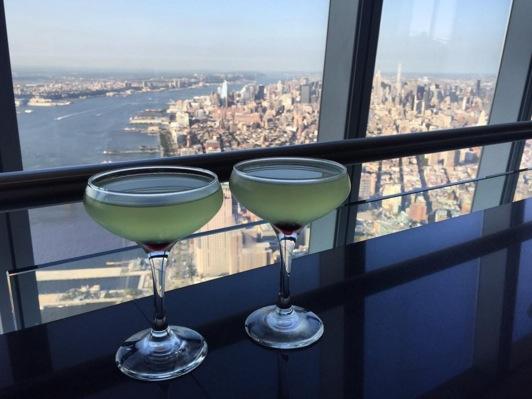12-bares-com-as-melhores-vistas-ao-redor-do-mundo