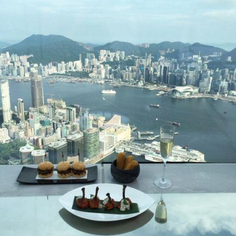 13-bares-com-as-melhores-vistas-ao-redor-do-mundo