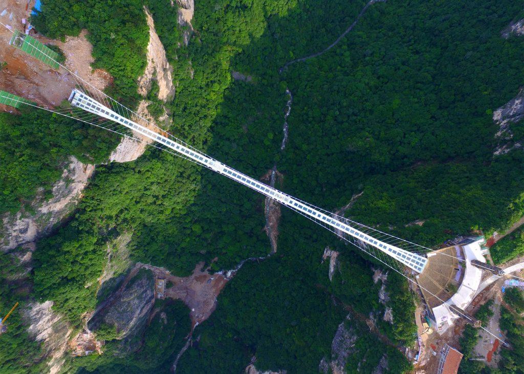 2-ponte-china-zhangjiajie-grand-canyon-glass-bridge-haim-dotan
