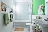 21-banheiros-pequenos-que-fogem-do-convencional