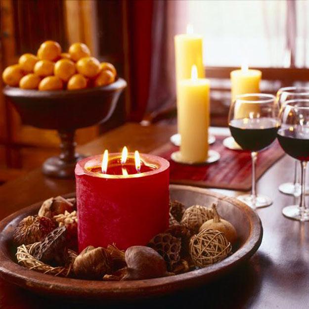 22-ideias-para-decorar-a-sua-mesa-de-natal-com-velas