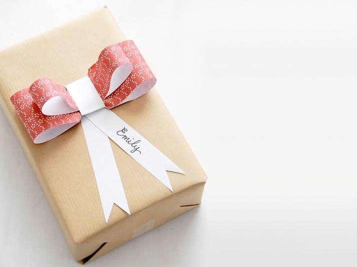 22-maneiras-de-fazer-embrulhos-de-presente-com-papel-kraft
