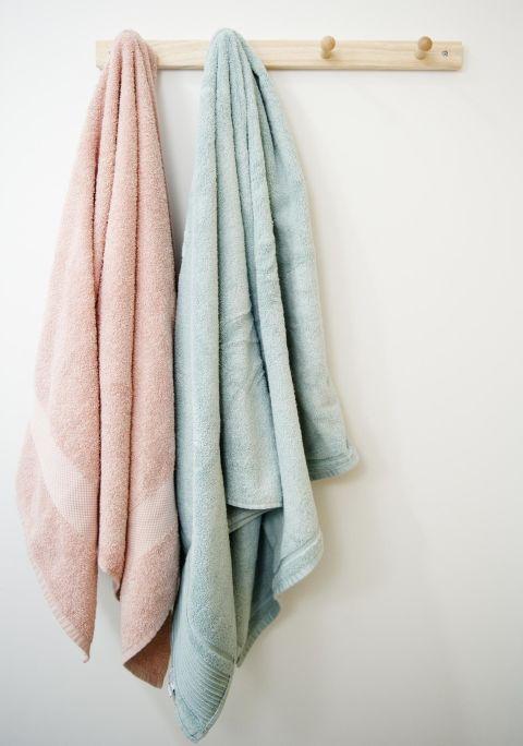 4-coisas-em-seu-banheiro-que-voce-precisa-substituir-mais-frequentemente