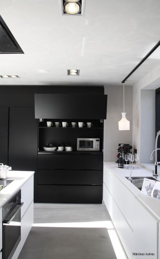8-10-cozinhas-pretas-que-estao-fazendo-sucesso-no-pinterest