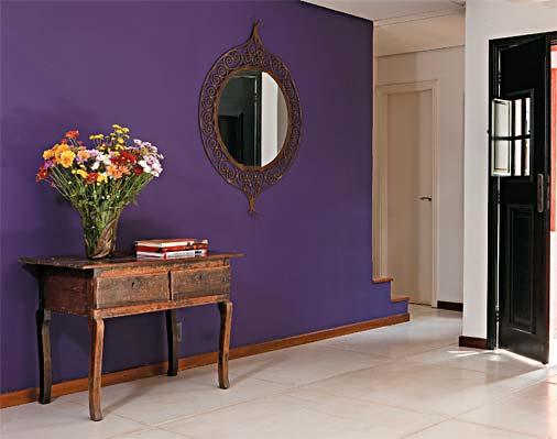 O branco das placas de cimento do piso (Castelatto, modelo Paris, 1 x 1 m) de...