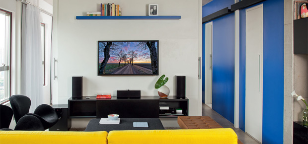 apartamento-pequeno-cozinha-tem-piso-amarelo