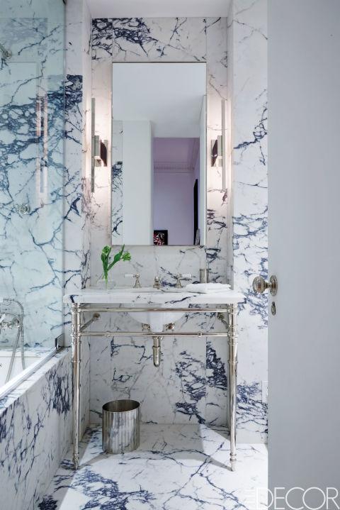 banheiro-preto-e-branco-inteiro-de-marmore-William Abranowicz