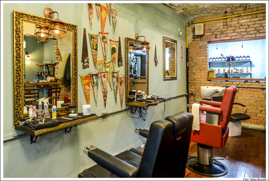 Barbearia-Armazem-barbearias-retro