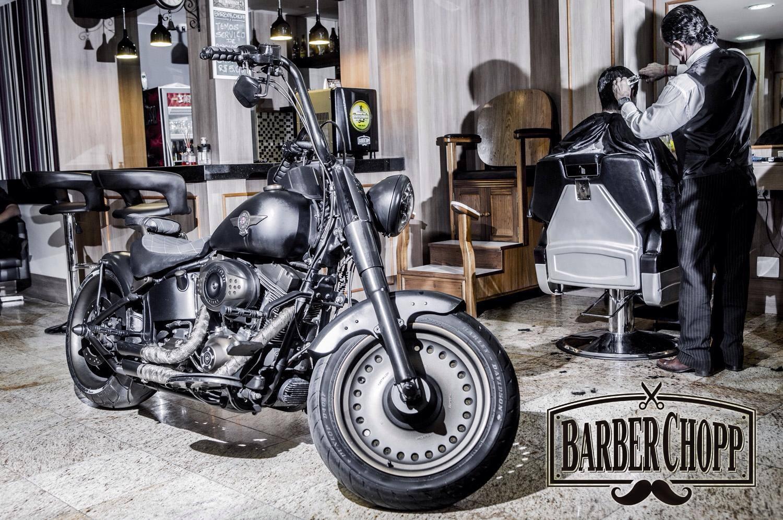 Barber-Chopp-barbearias-retro-cheias-de-estilo