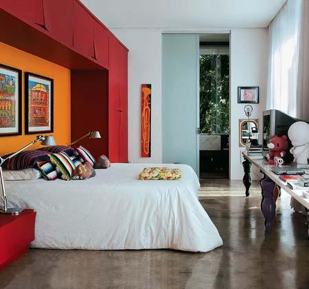 O quarto do arquiteto inspira alegria e bom humor com seus tons vibrantes. E ...
