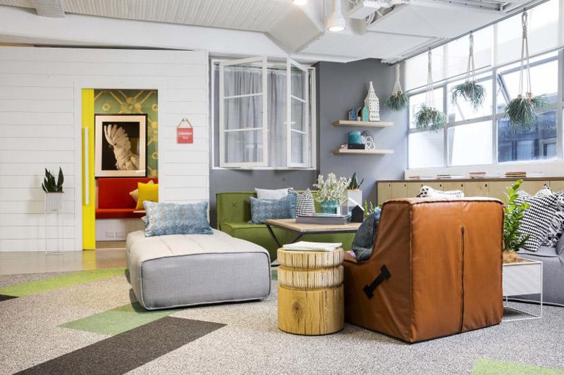 conheca-a-nova-sede-do-airbnb-em-sidney-tem-quarto-atras-da-estante (11)
