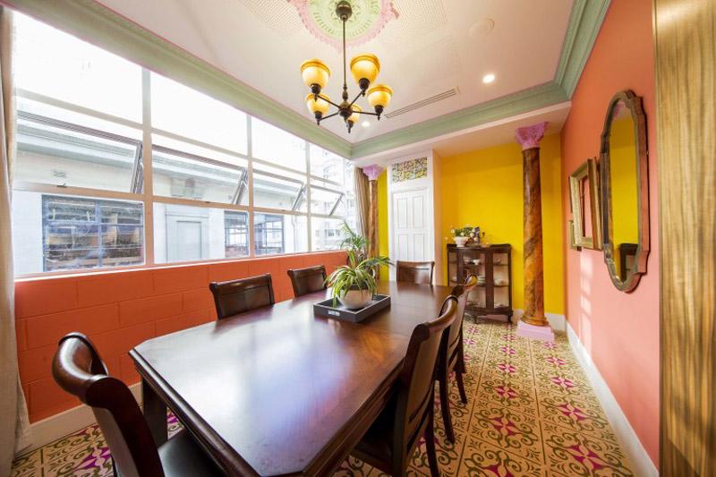 conheca-a-nova-sede-do-airbnb-em-sidney-tem-quarto-atras-da-estante (18)