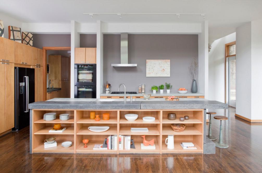 cozinha-cinza-com-bancada-aberta-e-prateleiras-Matt-Walsh