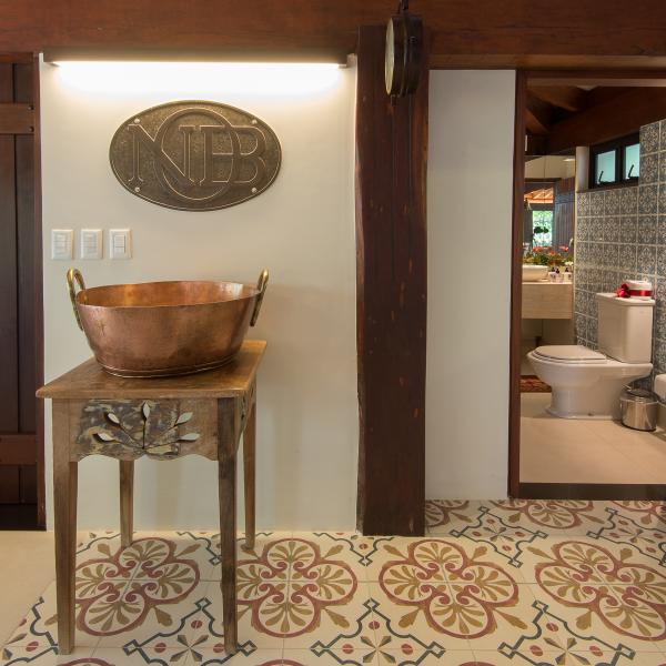 espaco-gourmet-tem-piso-estampado-que-parece-tapete (6)