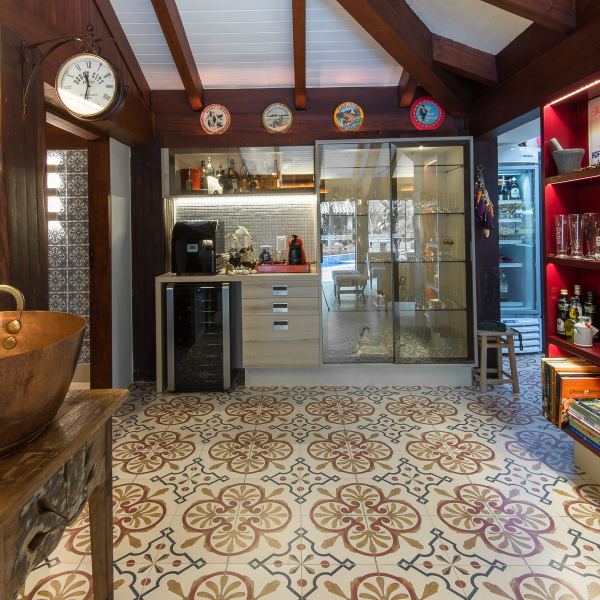 espaco-gourmet-tem-piso-estampado-que-parece-tapete (7)