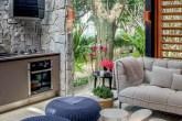 home-nova-casa-cor-sp-brises-integram-ambiente-de-david-bastos-a-natureza