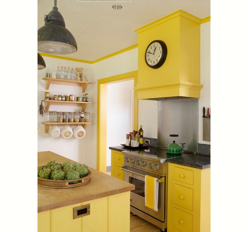 cozinha-amarela-com-coifa-colorida