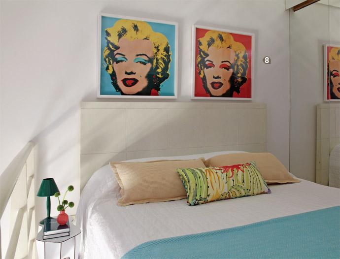 8. A cama box no tamanho queen (1,58 x 1,98 m) preenche quase todo o espaço ...