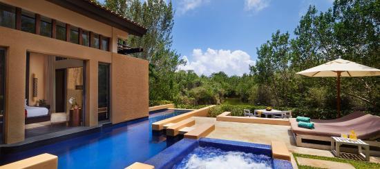 sanctuary-villa-exterior