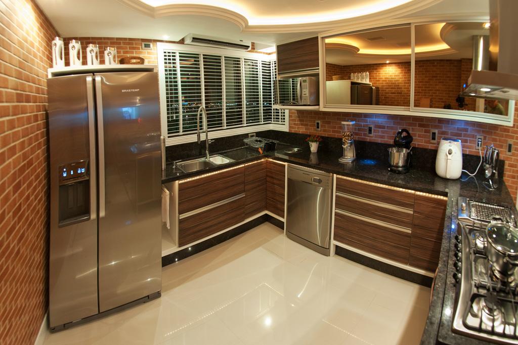 subway-tiles-8-cozinhas-que-apostam-no-revestimento (16)