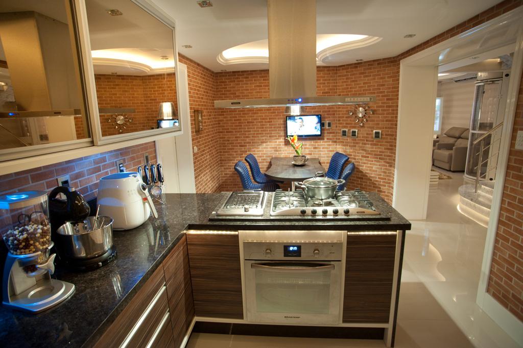 subway-tiles-8-cozinhas-que-apostam-no-revestimento (18)