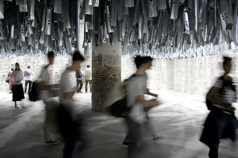 venice-architecture-biennale-2016-introductory-room-reporting-from-the-front-designboom-0031