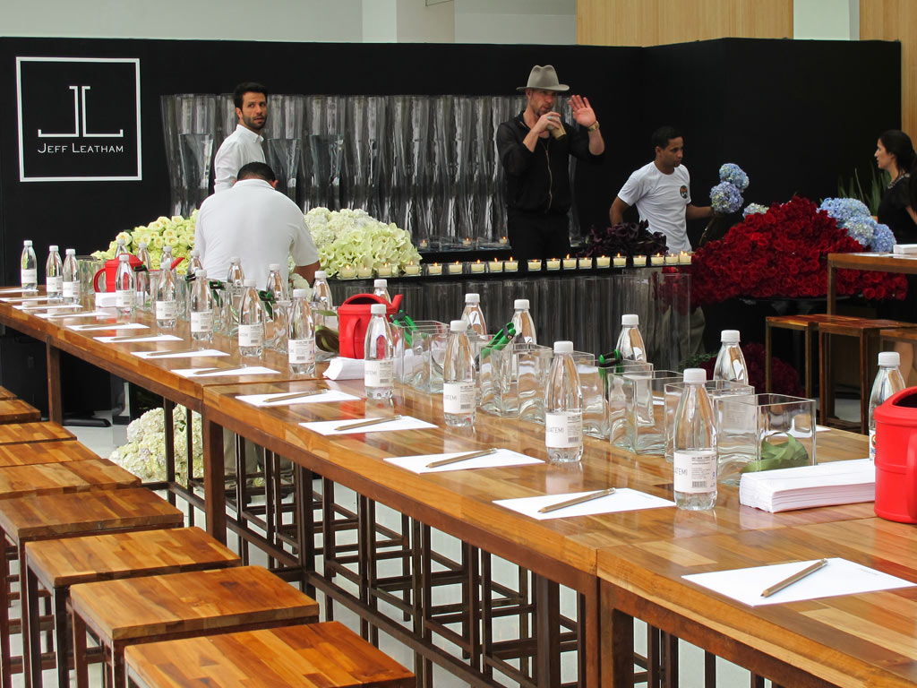 01-florista-das-celebridades-jeff-leatham-ensina-a-fazer-arranjos-em-sp