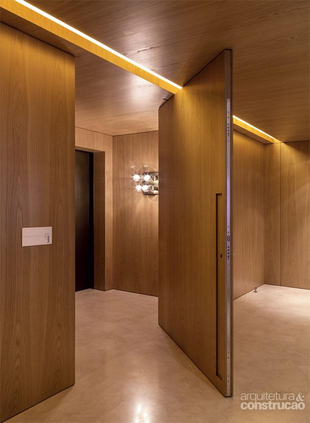 01-perfil-de-led-de-7-m-marca-a-entrada-do-apartamento