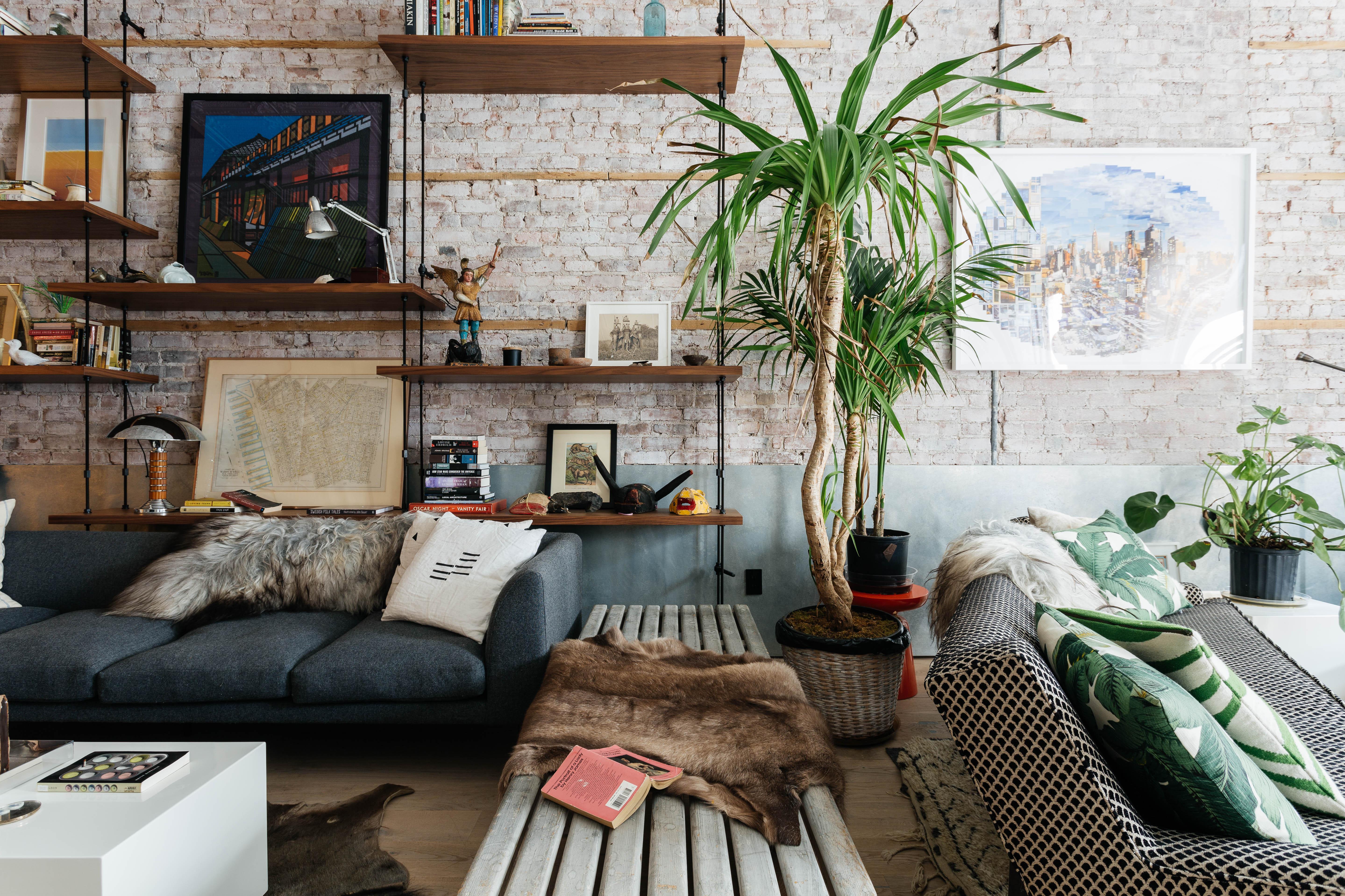 0201-ideias-para-preencher-espaco-atras-do-sofa